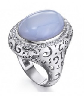 White gold ring with blue Chalcedony and Diamonds