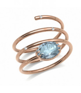 Rose gold ring with Diamonds and blue Tourmaline