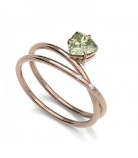 Rose gold ring with Diamonds and Peridot