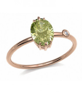 Rose gold ring with Peridot and Diamond