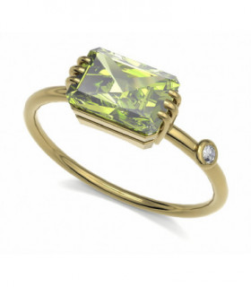 Yellow gold ring with Diamond and Peridot