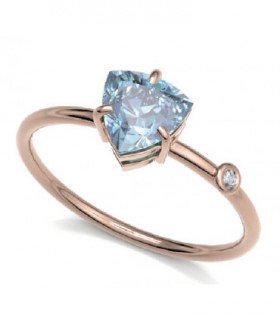 Rose gold ring with Topaz and Diamond